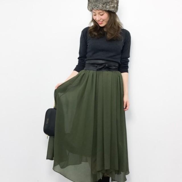 ショートブーツ コーディネート スカート