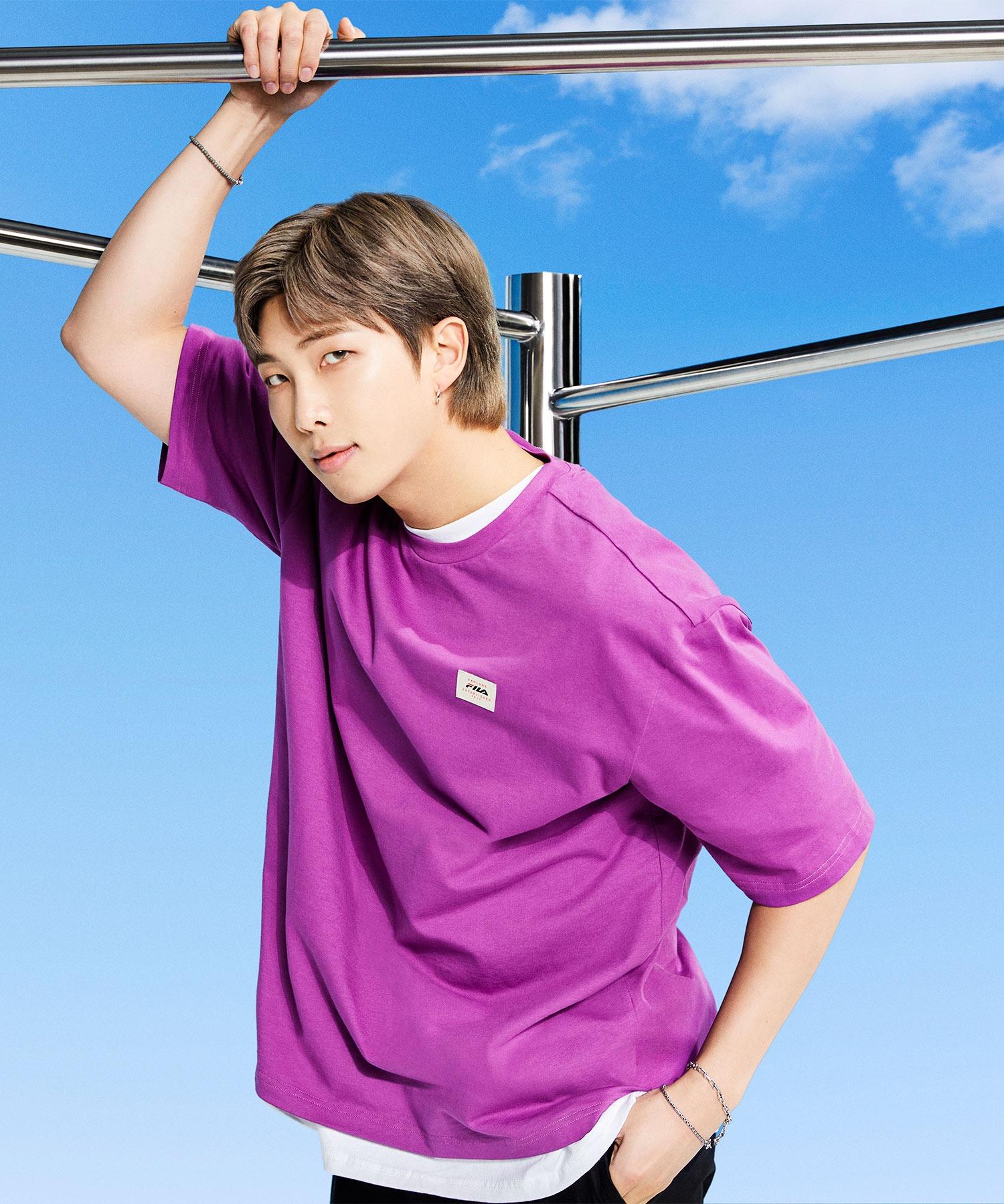 【 FILA / フィラ  】 2021SS コレクション  BTS 着用モデル Tシャツ  防弾少年団 FS0136 DWB