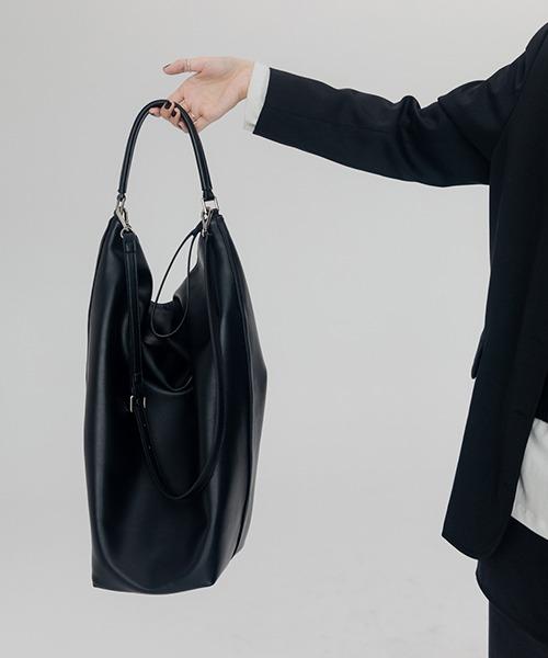 【chuclla】Square shoulder bag cha192