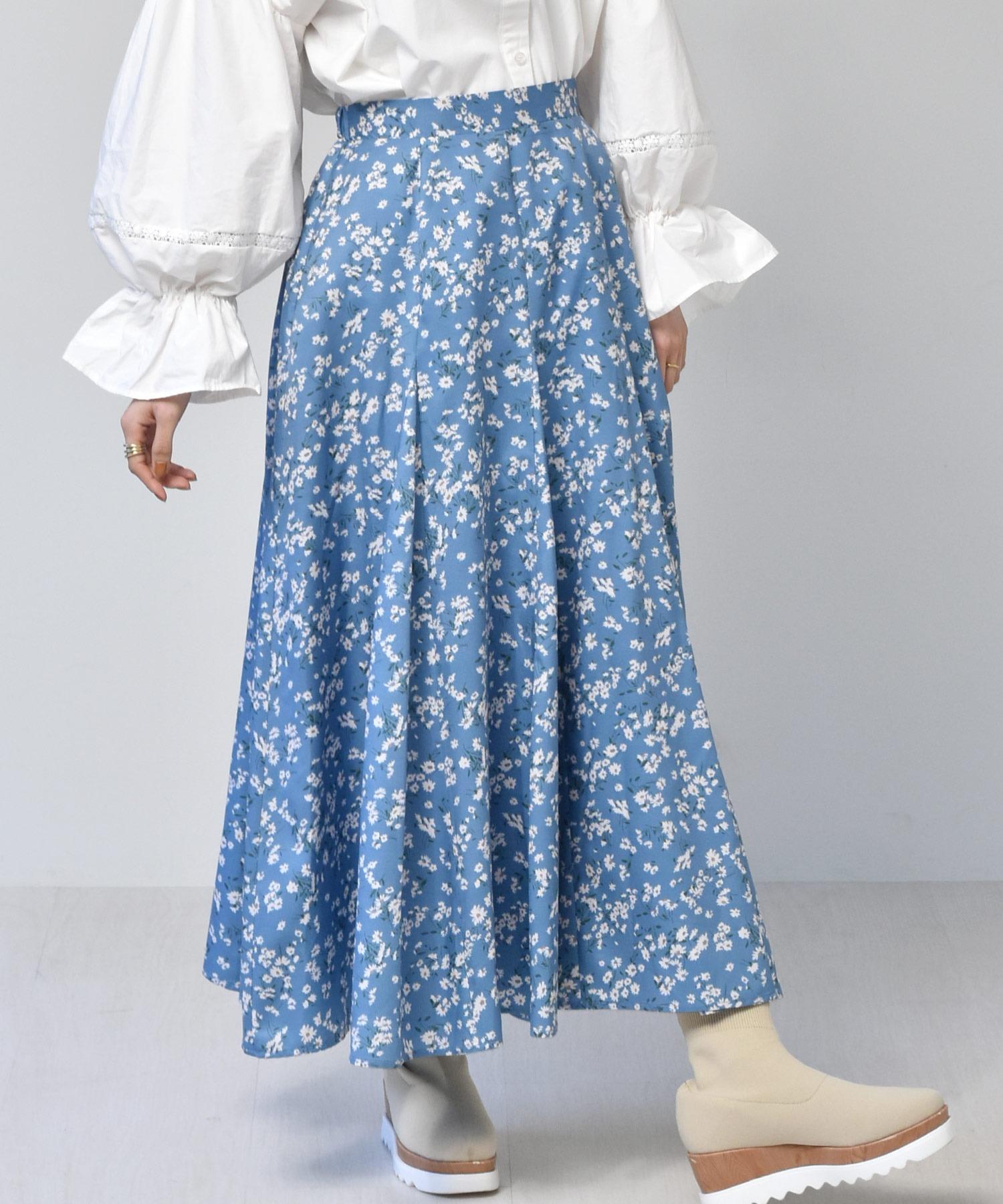 柄フレアスカート
