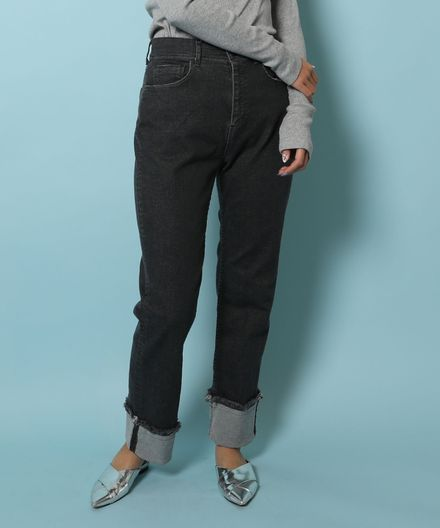 THE BLACK/FIRE Straight Fit Jeans ストレートフィットジーンズ