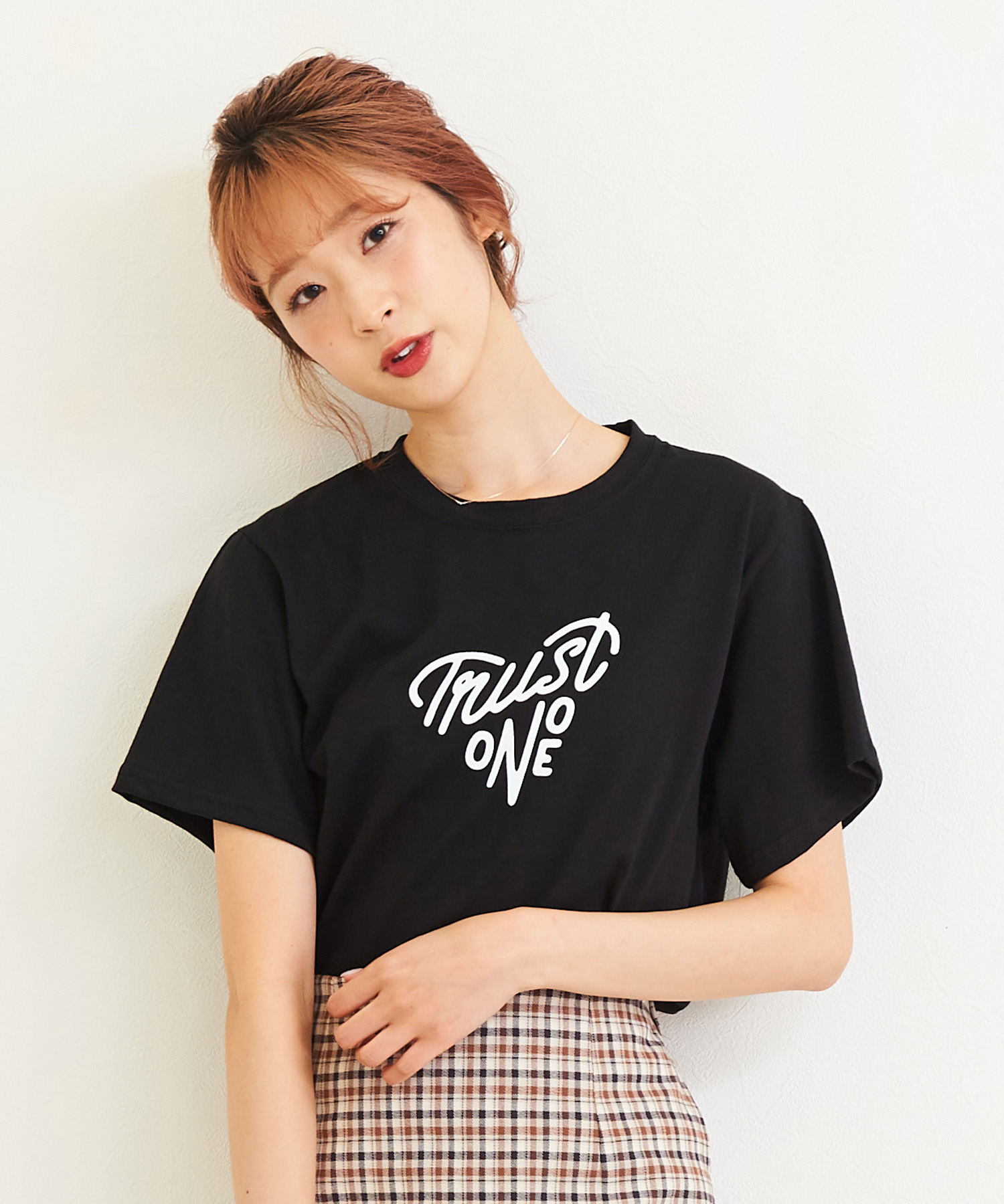 TRUST ONE Tシャツ