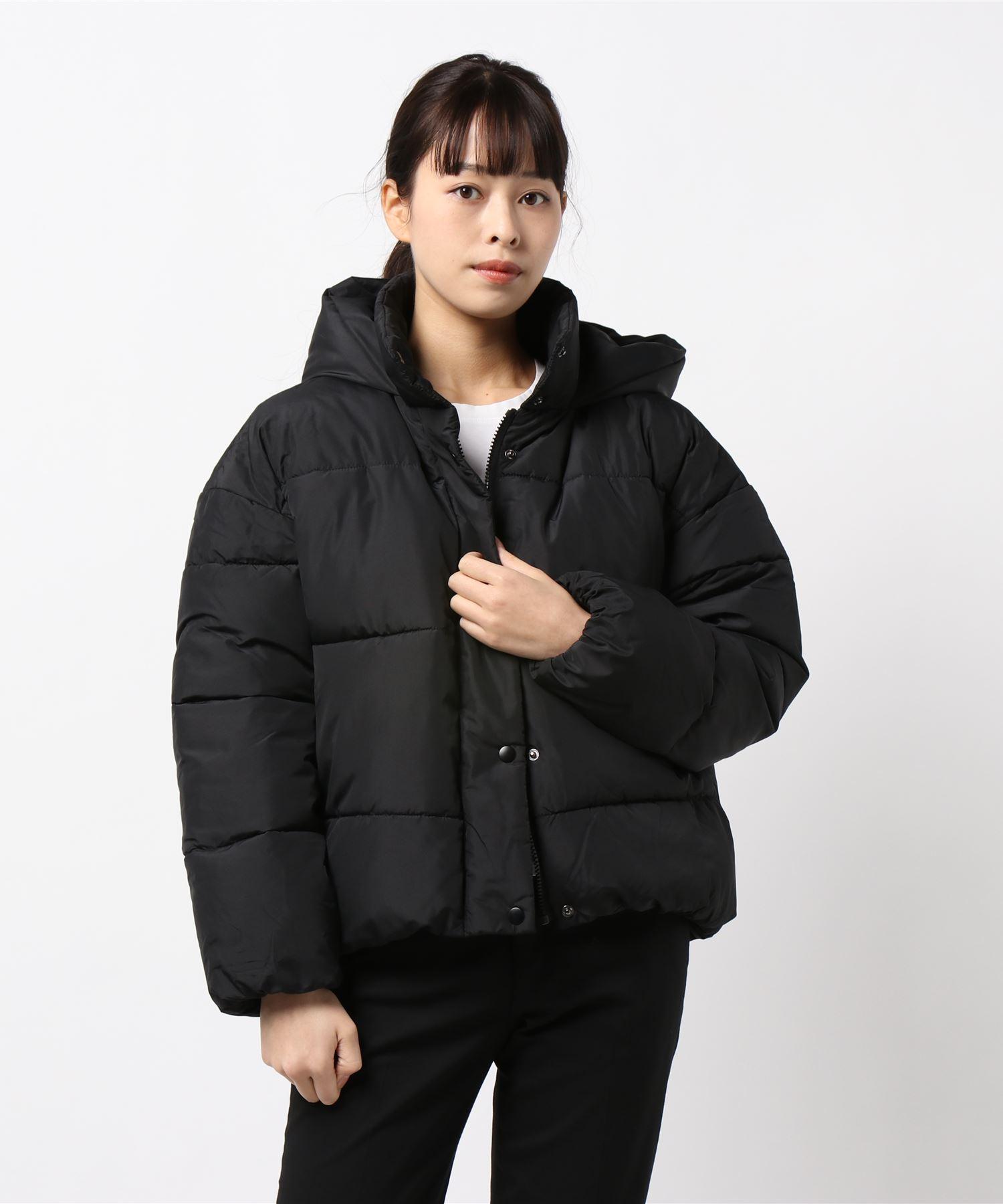 フードフェイクダウンジャケット 軽量で暖かいマイクロタフタの微起毛素材とファイバーダウン使用