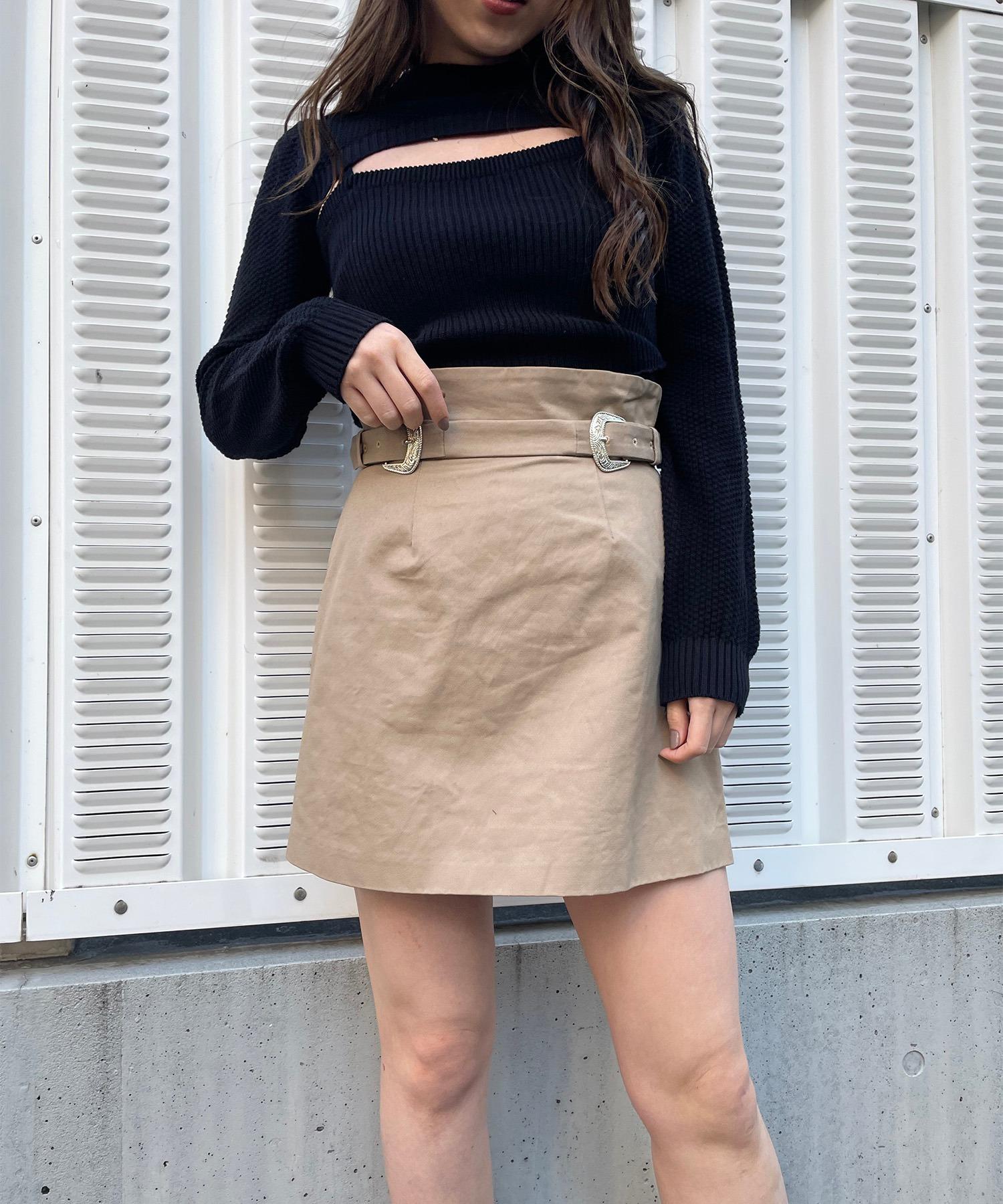 ダブルバックル付きミニスカート