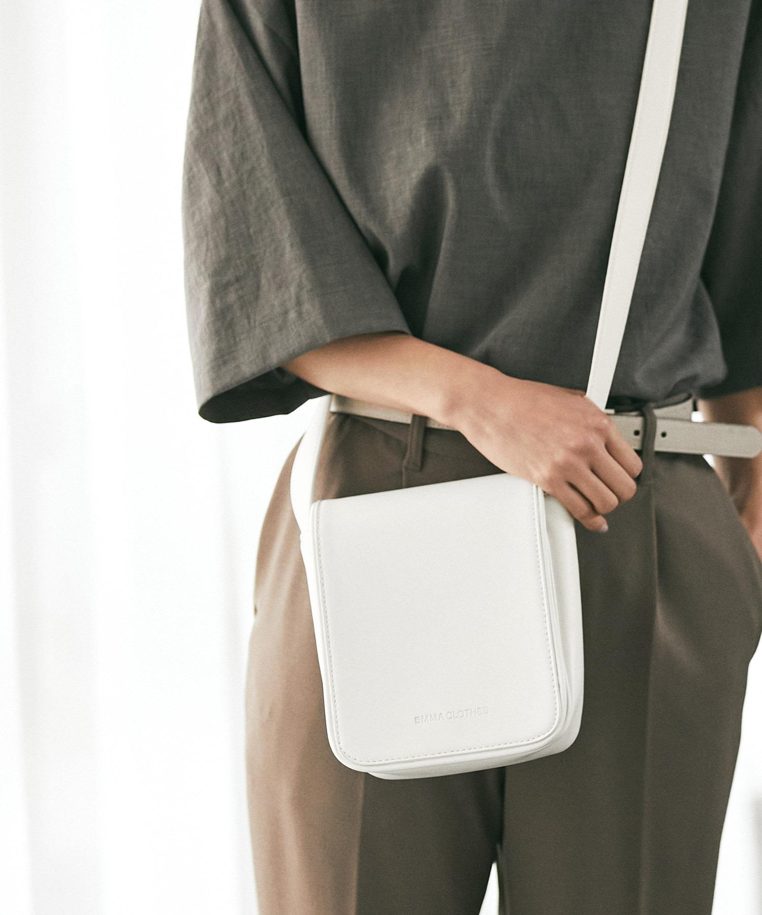 シンセティックレザー スクエア フラップ ミニ ショルダーバッグ EMMA CLOTHES 2021 A/W