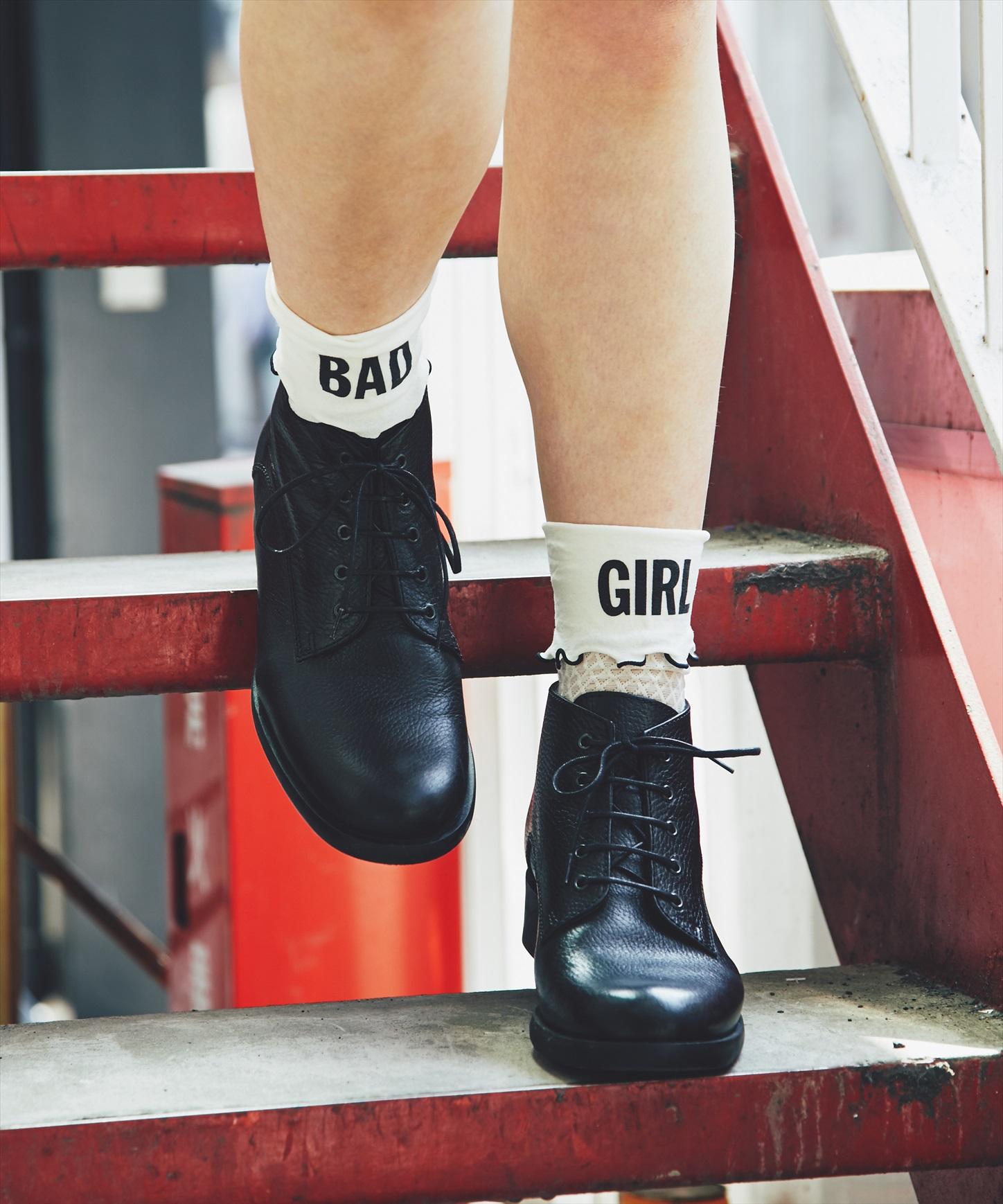 BAD GIRL MESH ソックス