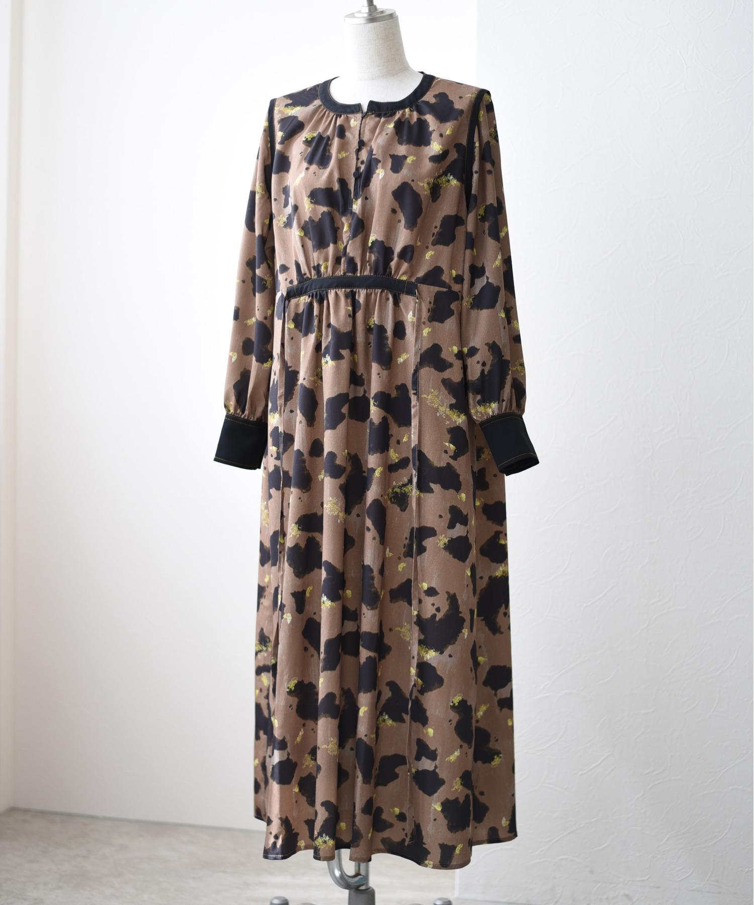 COWプリント パイピングデザインドレス