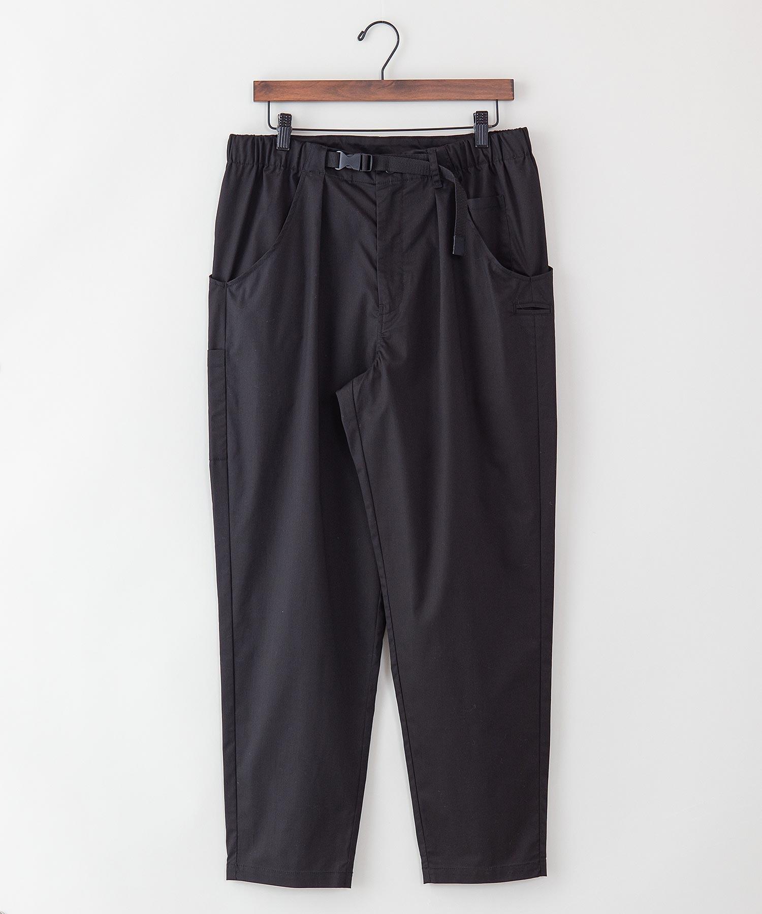 【着るバッグシリーズ】7ポケットイージーパンツ スリムシルエット 同色ワンポイントブランドロゴ ウエストEASY使用
