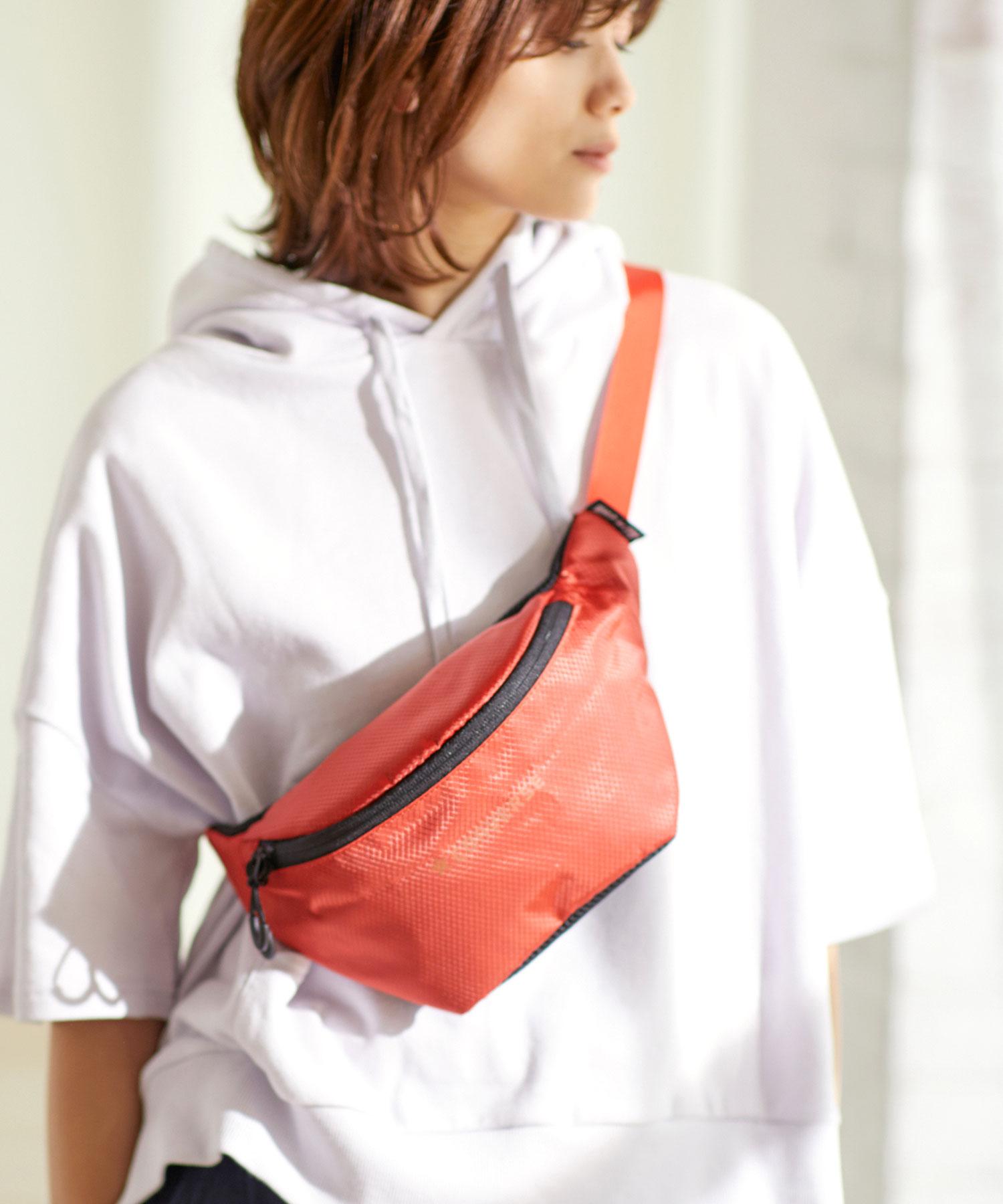 【CONVERSE WAIST BAG】コンバース リップ ロゴ ウエストミニバッグ