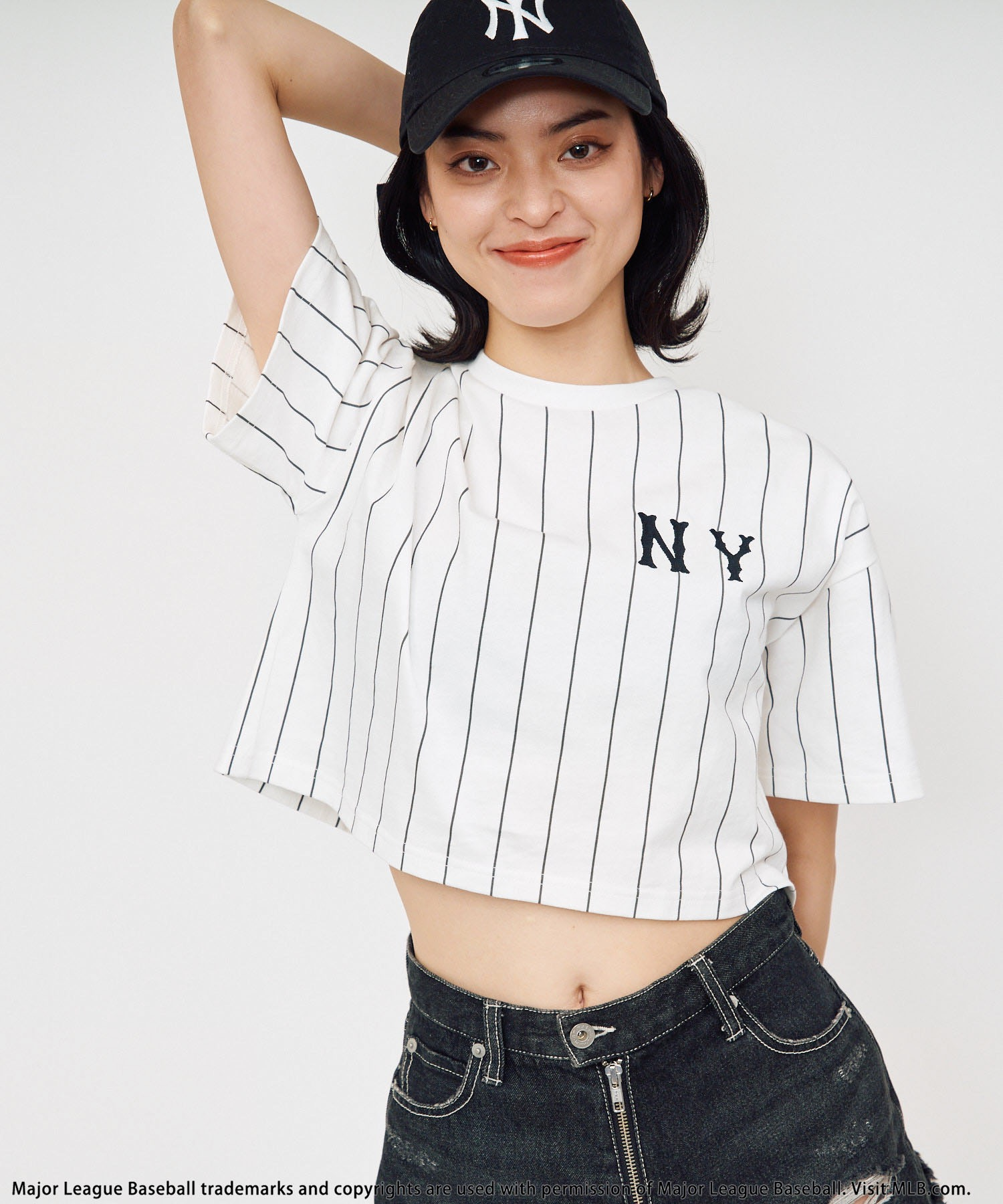 【MLB】刺繍ロゴTシャツ