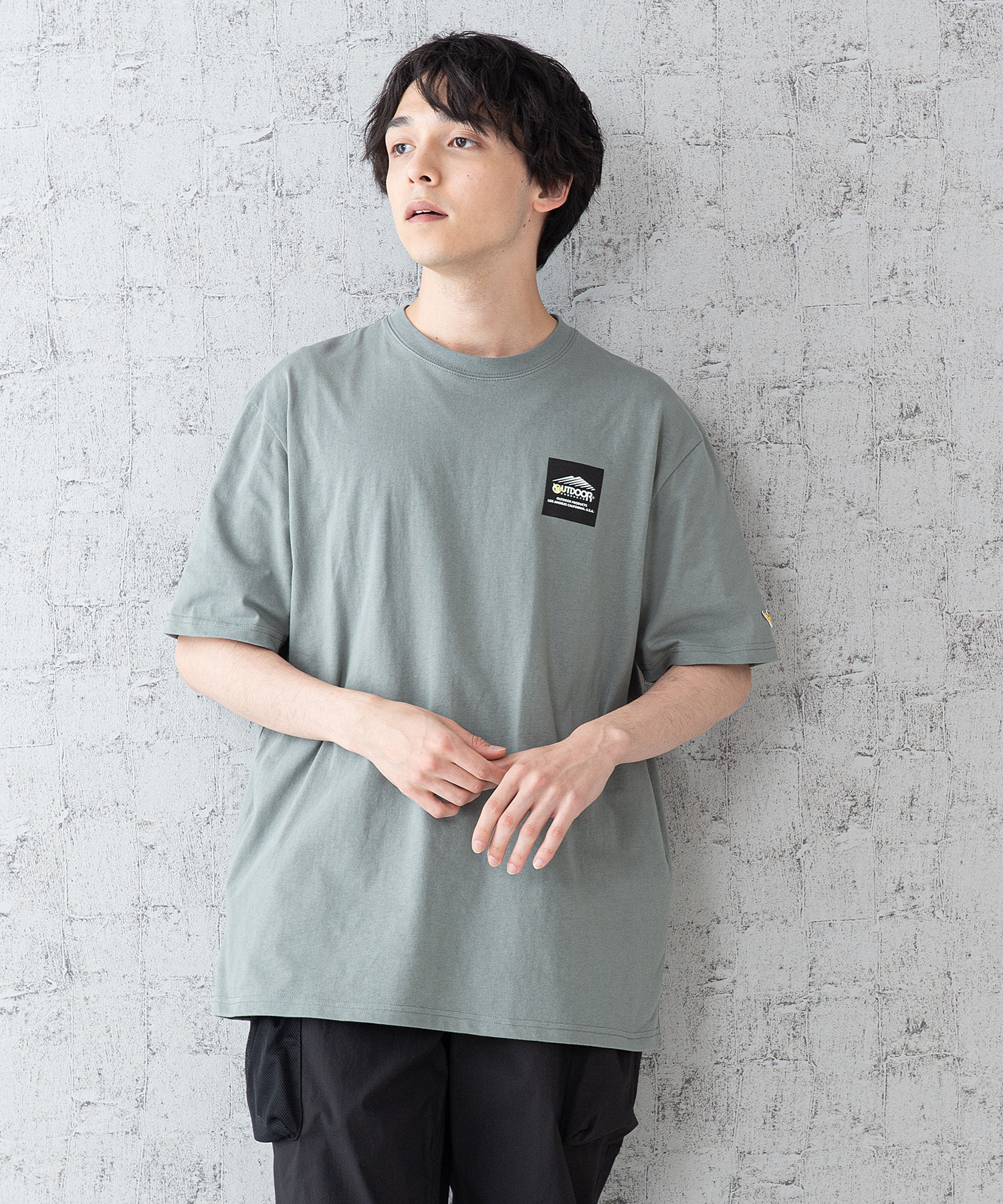 【OUTDOOR PRODUCTS × Mark Gonzales】バックプリント コラボTシャツ