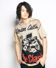THE CLASH/LONDON CALLING Tシャツ