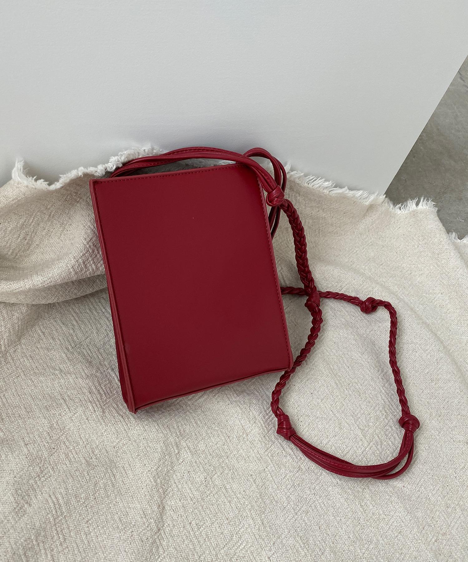 chucllaのレディースバッグ
