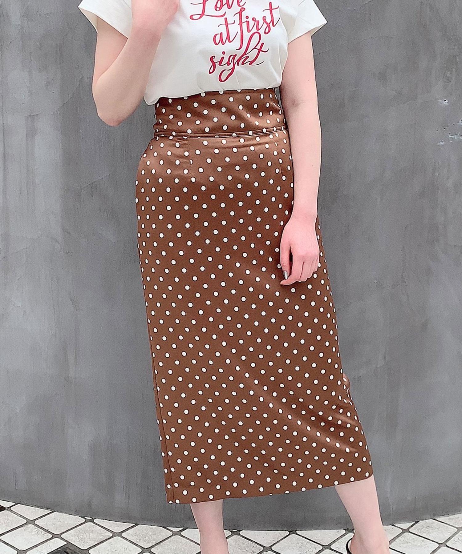 ポルカドットサテンタイトスカート