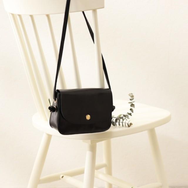 #CBK magazine(カブキマガジン)のファッションまとめ「クラス感高まるバッグに人気集中! 気品を飾るバッグ選びのポイントは?」