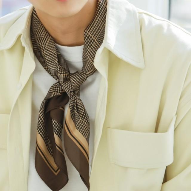 #CBK magazine(カブキマガジン)のファッションまとめ「秋の新定番。オシャレ上級者は首元に「スカーフを巻く」」