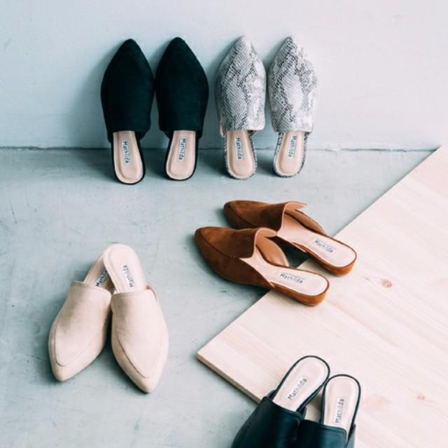 """LAURIER PRESS(ローリエ プレス)のファッションまとめ「旅行もデートも靴ズレ知らず! 長時間歩いても疲れにくい""""バブーシュ""""コーデ♡」"""