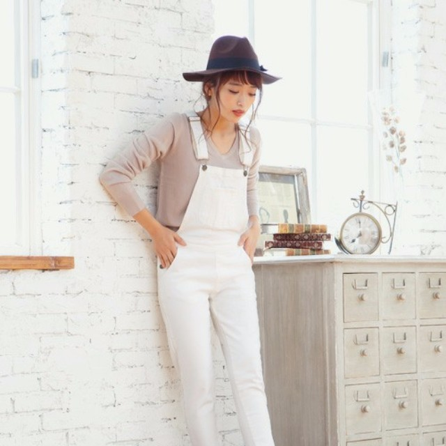 LAURIER PRESS(ローリエ プレス)のファッションまとめ「脱ボーイッシュ! オールインワンでゆるモテコーデに♡」