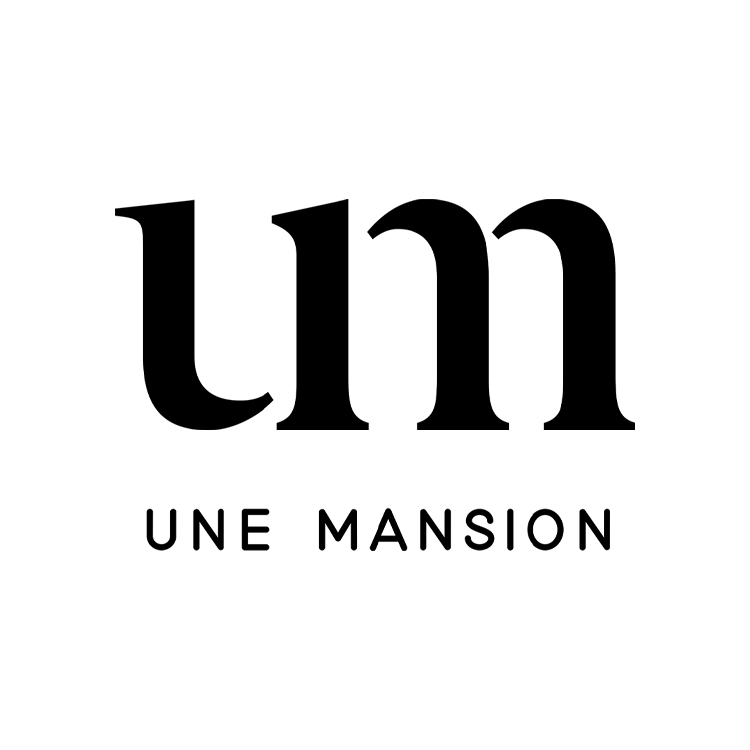 UNE MANSION