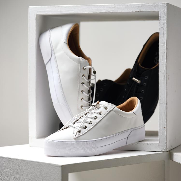 SLACK FOOTWEAR
