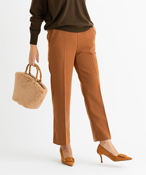 ZAKKA-BOX(ザッカボックス)のショップニュース「「美シルエットストレートパンツ」履くだけで美脚が即叶う!こだわりの美シルエットパンツ」