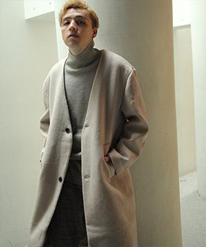 Nilway(ニルウェイ)のショップニュース「すっきりした首元が都会的な印象のノーカラーコート」