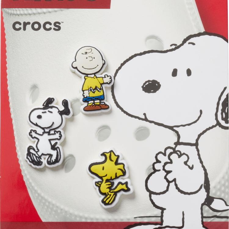 crocs(クロックス)のショップニュース「【crocs】 ★大人気★ Jibbitz charmにあのスヌーピーなど続々登場」