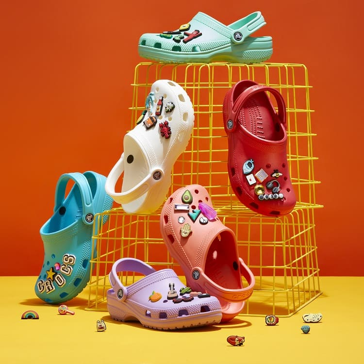 crocs(クロックス)のショップニュース「【crocs】★Classic★ 世界中で超人気。crocsといえばこの商品」